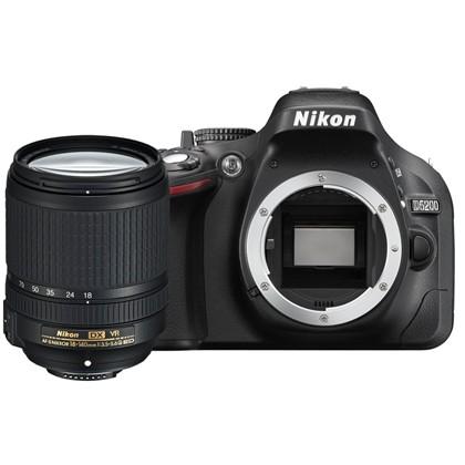 NIKON D5200 + 18-140 mm