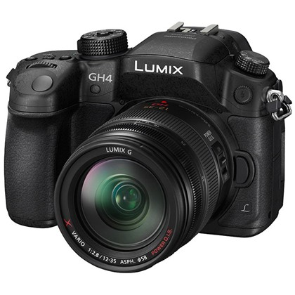 Panasonic Lumix DMC-GH4 + 12-35mm Lens