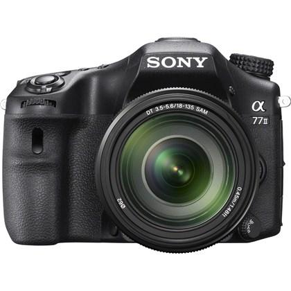 Sony Alpha a77 II DSLR + 18-135mm